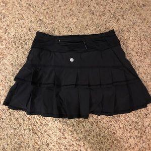 Lululemon skirt with ruffles on back